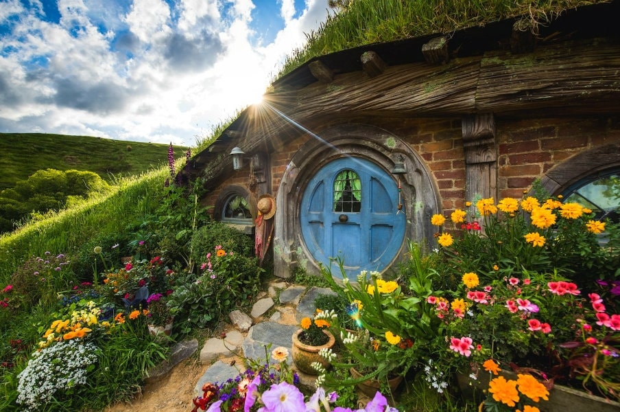 Hobbiton Movie Set in NZ by Hobbiton.Tours