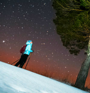 Night skiing and stars in the sky at coronet peak