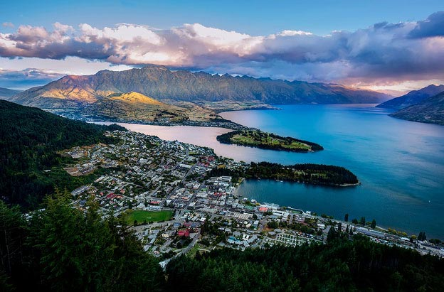 Queenstown aerial view of the city