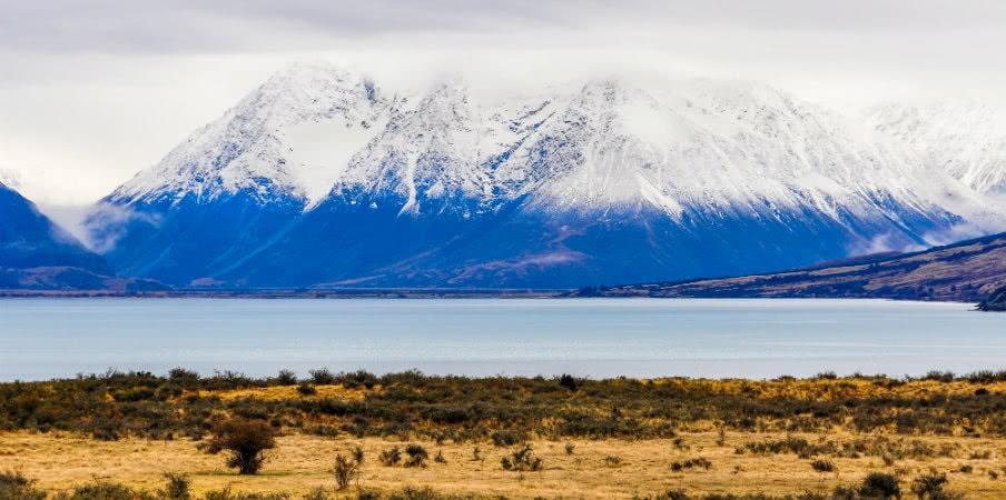 snowy peaks near lake ohau